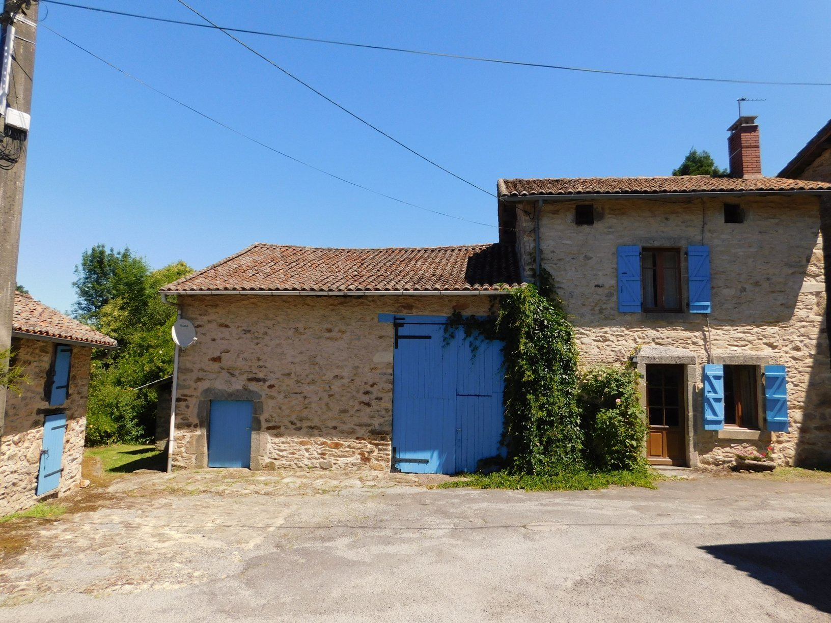 Typically French hamlet home, beautifully renovated