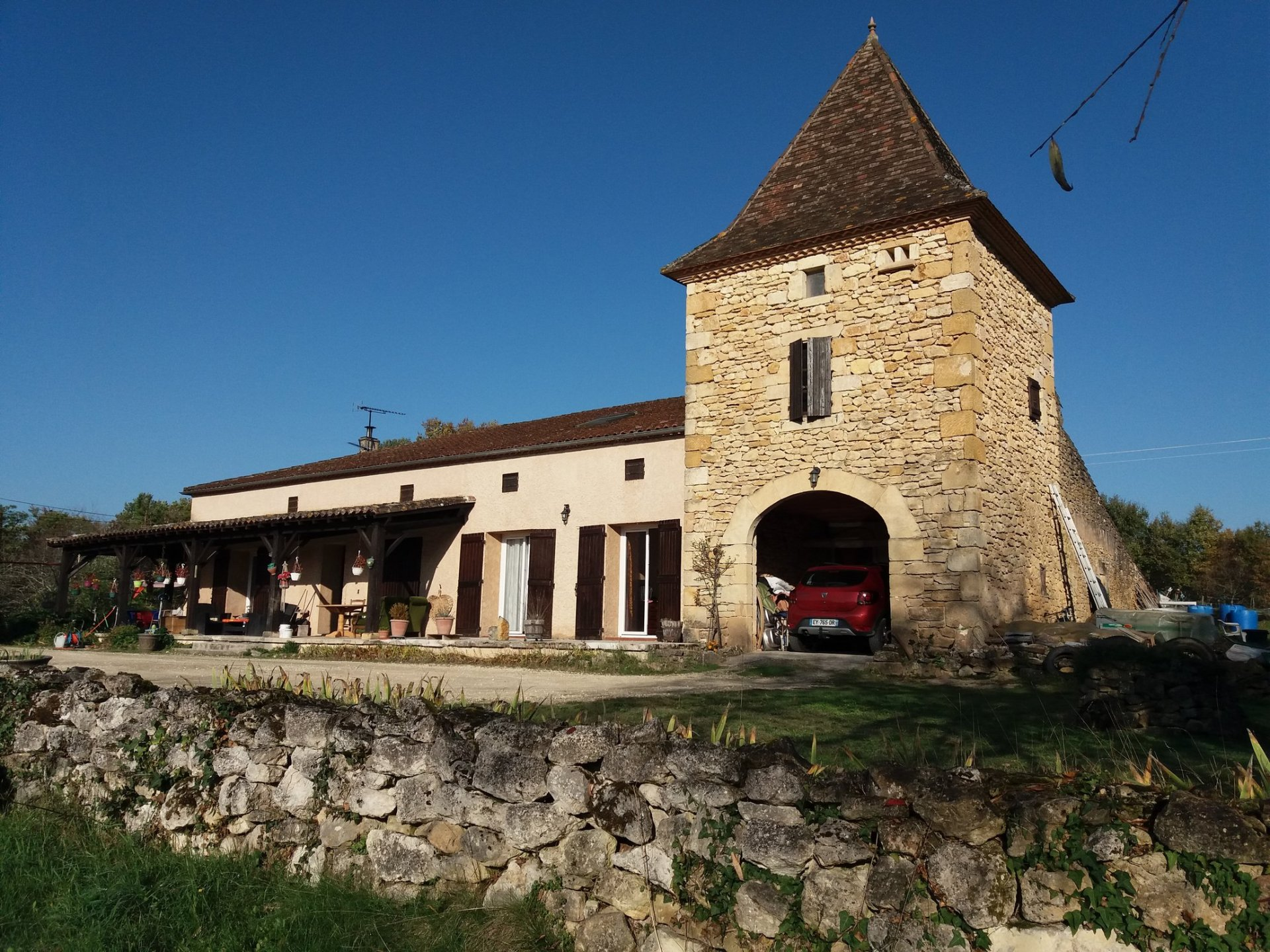 Nice traditionnal stone house with 5 bedrooms in the countryside close to all amenities