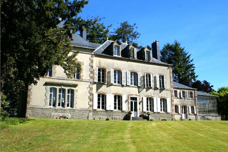 Superbe Château du 19ème siècle
