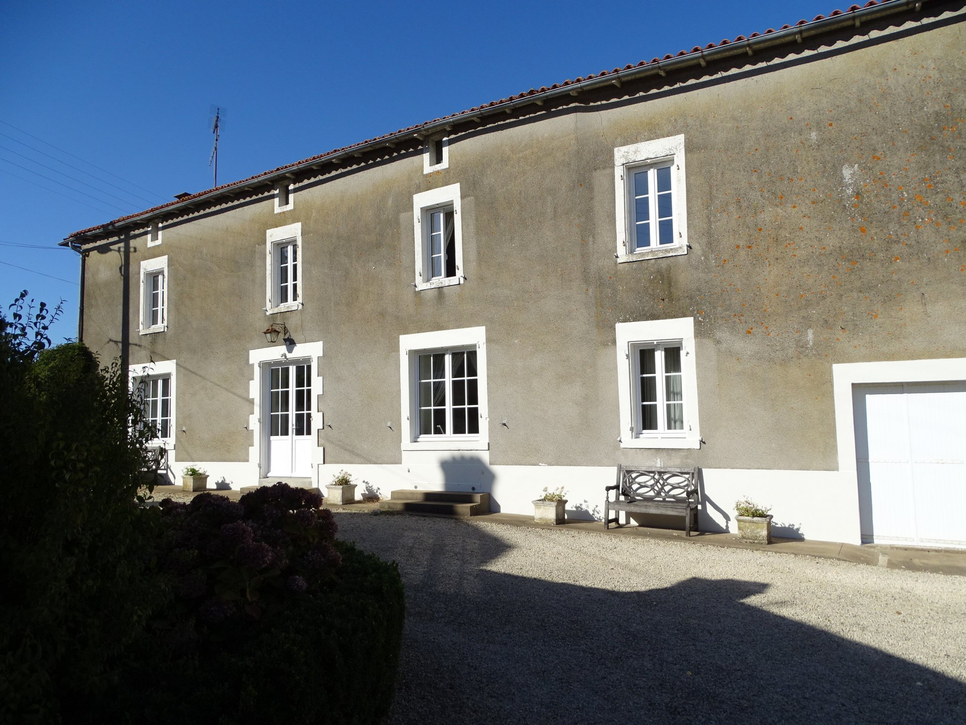 Beautiful, 5 bedroom village house in a tranquil setting