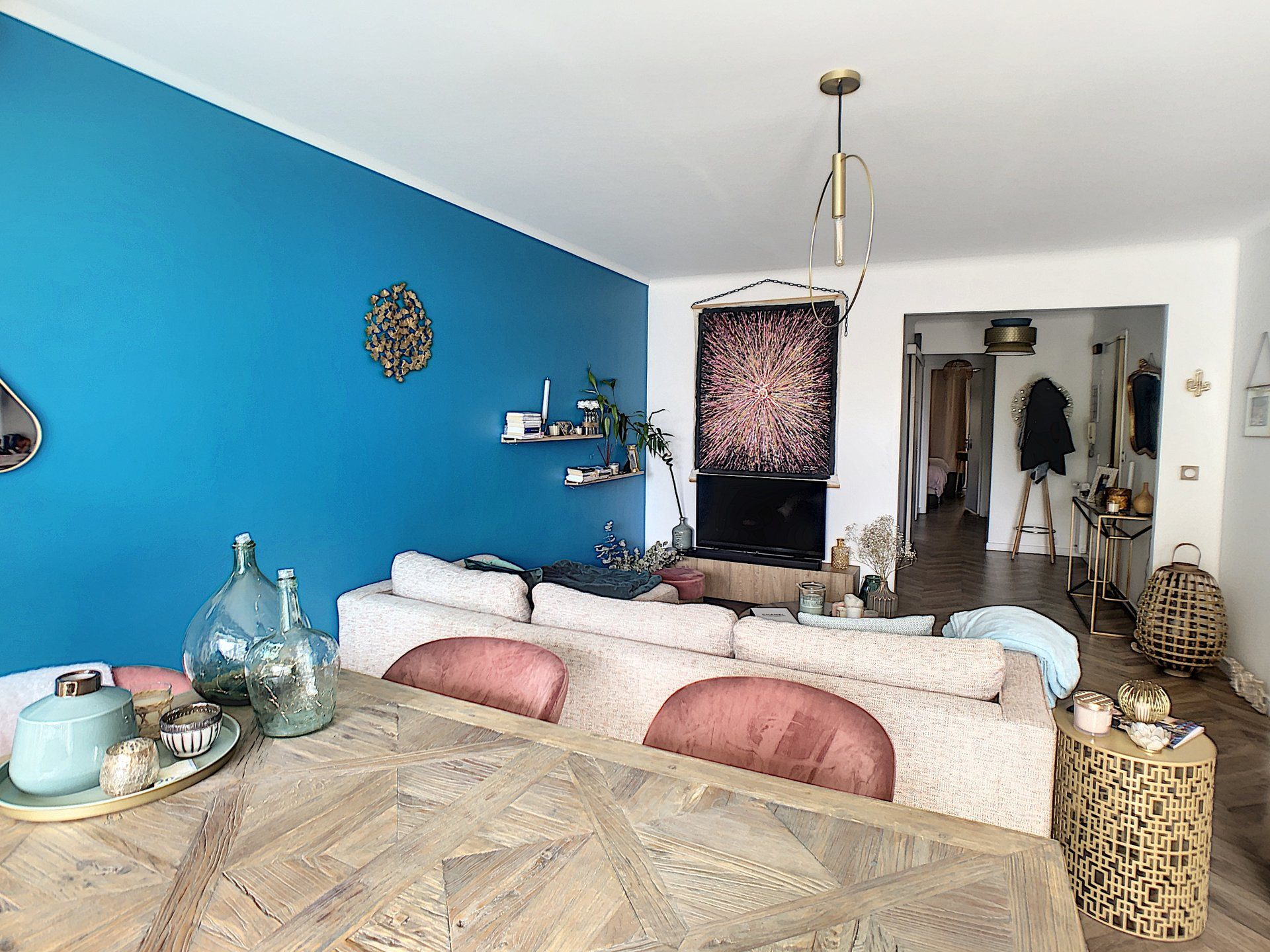 Cannes Europe, magnificent 2 p of 60 m²