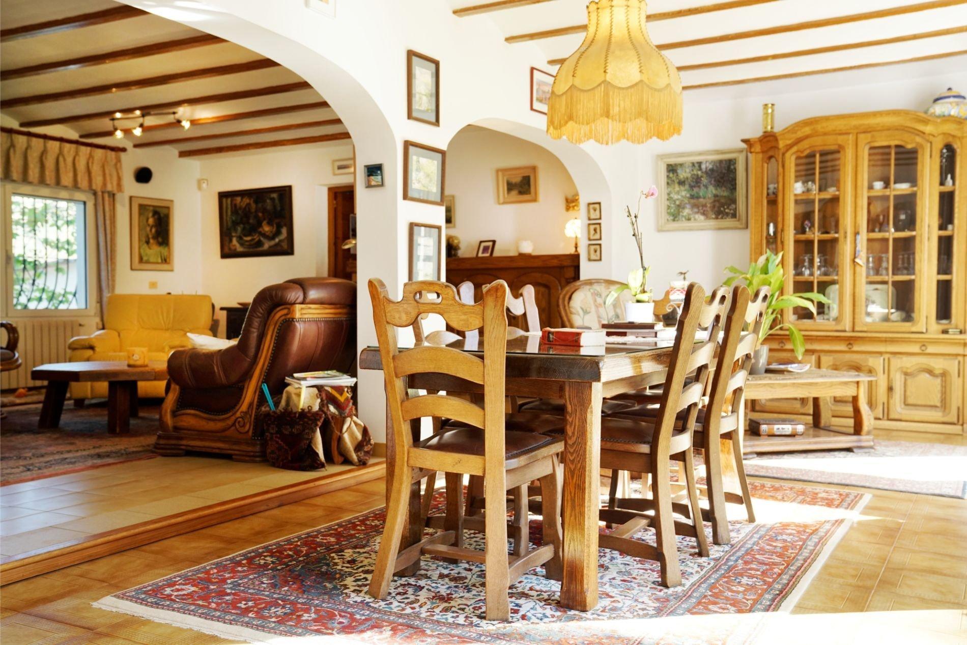 Villa ensoleillée avec intimité pour les amoureux des animaux