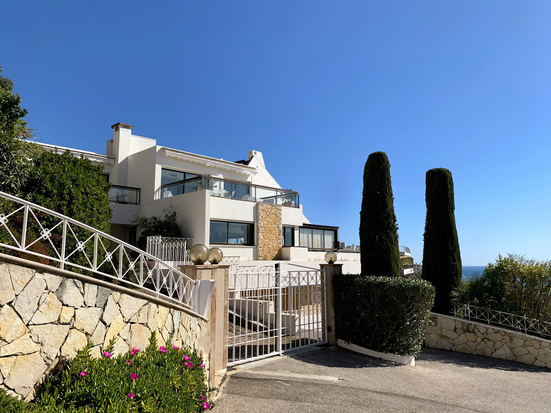 Cannes Californie Appartement-villa 175 m² avec  jardin et piscine