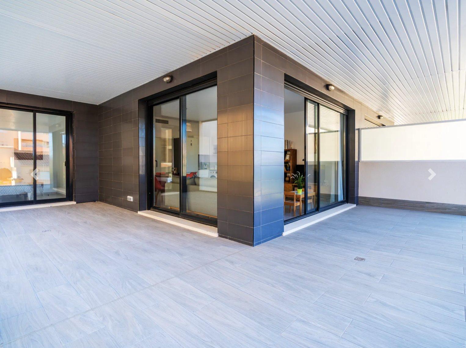 Apartamento de nueva construcción de 2 dormitorios en Calpe.