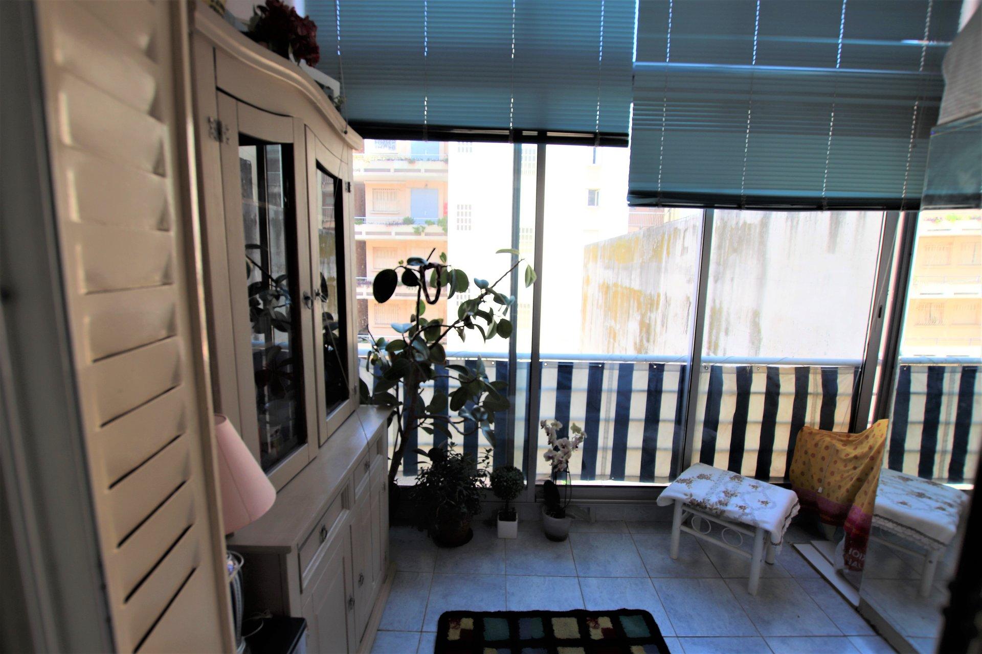 CALIFORNIE - 2 room apartment 39.25 m²