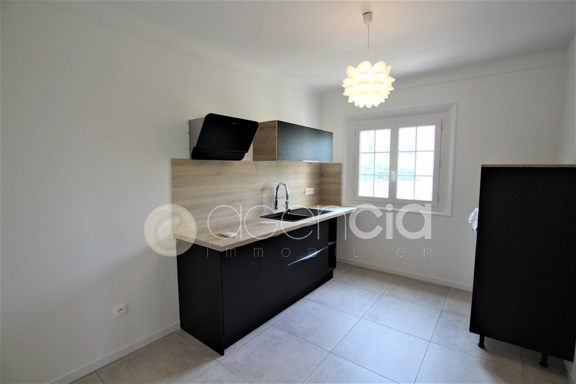 Sale Apartment - Peymeinade