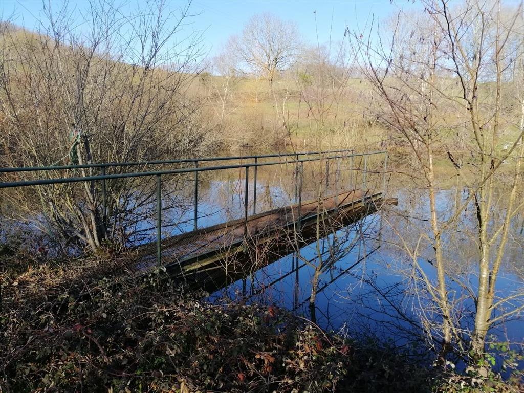 Maison avec étang et 2,7 ha à vendre en Bourgogne