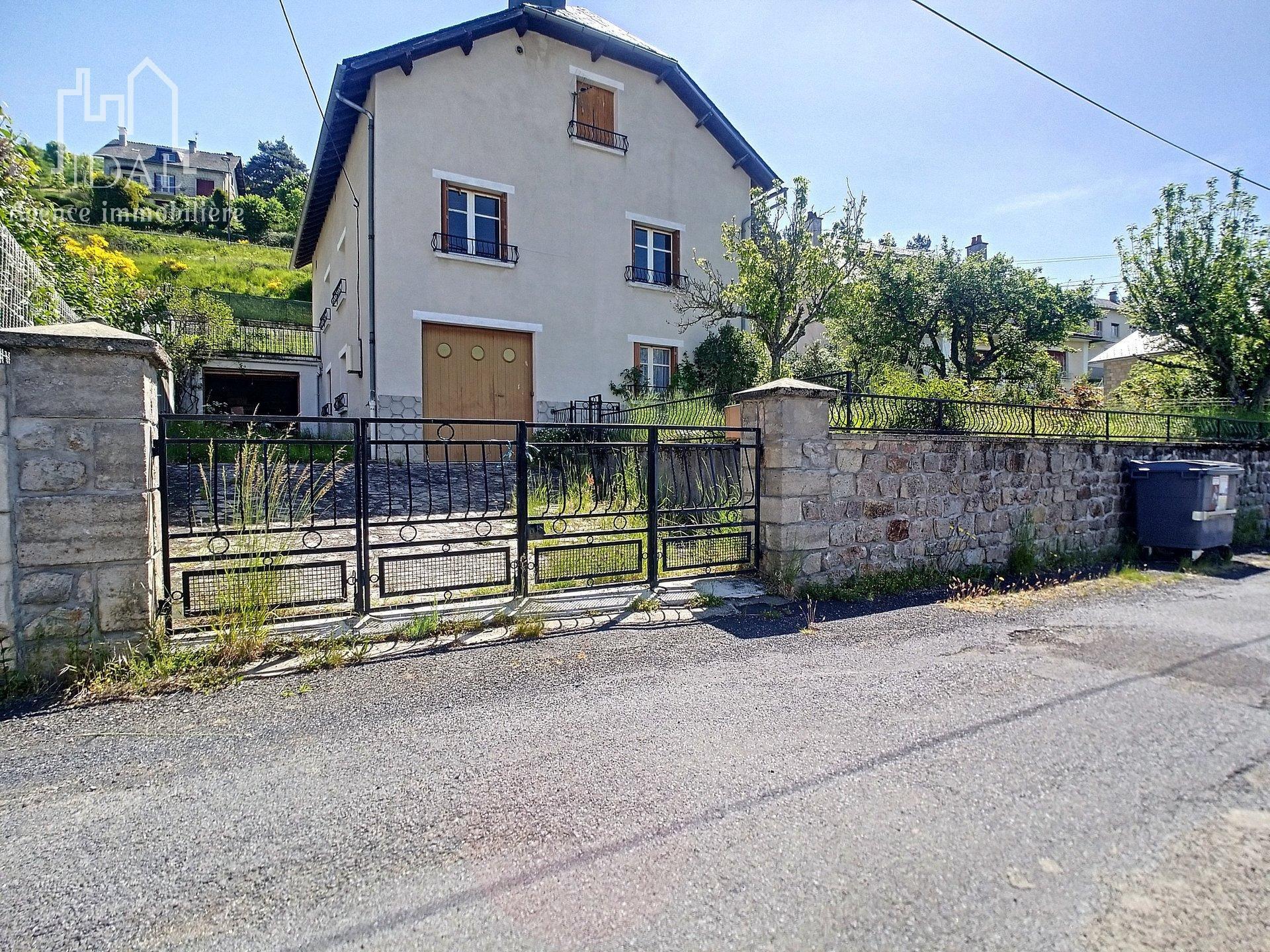 Saint Alban sur Limagnole Maison avec vue panoramique