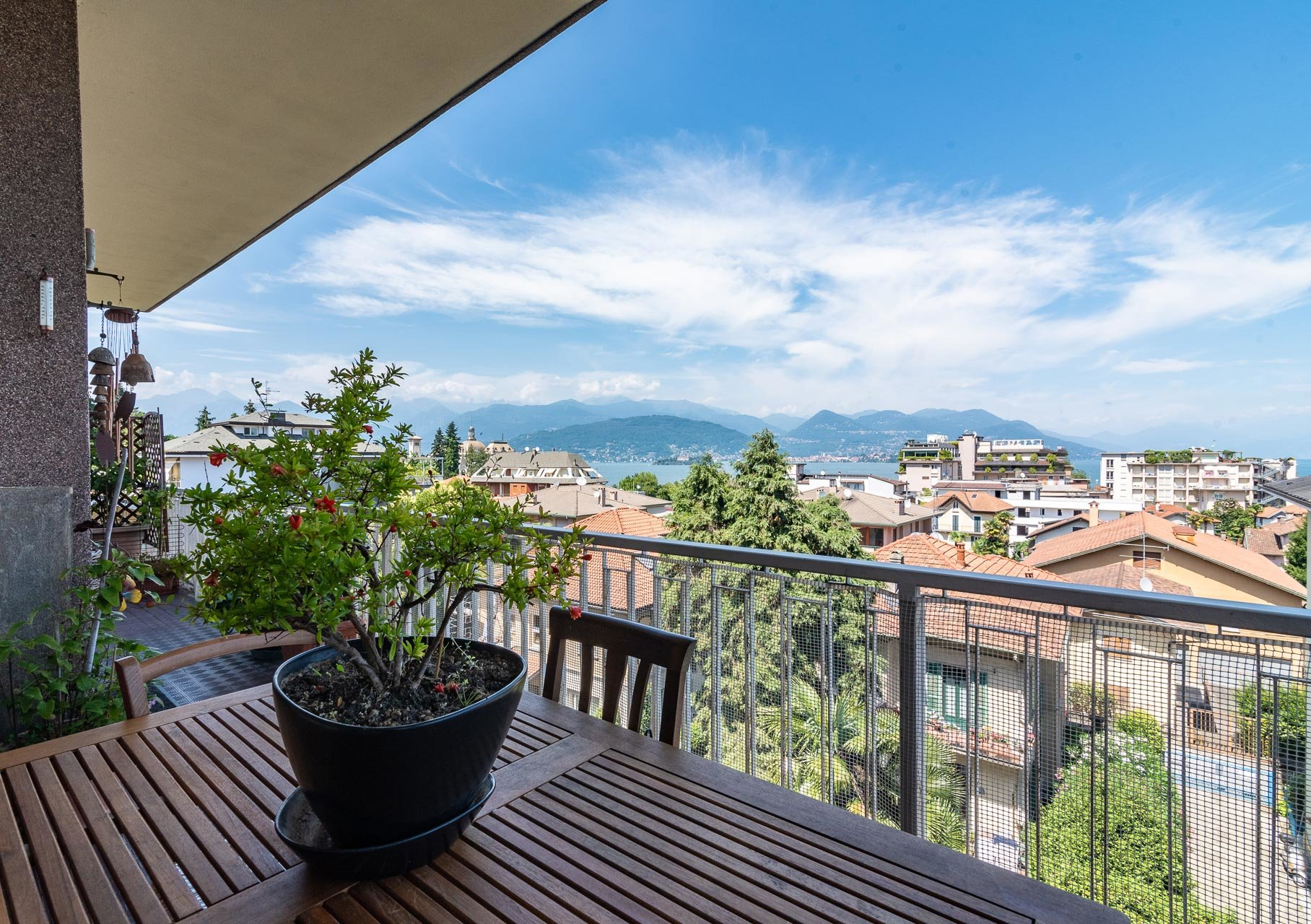 Apartment for sale in Stresa centre - terrace