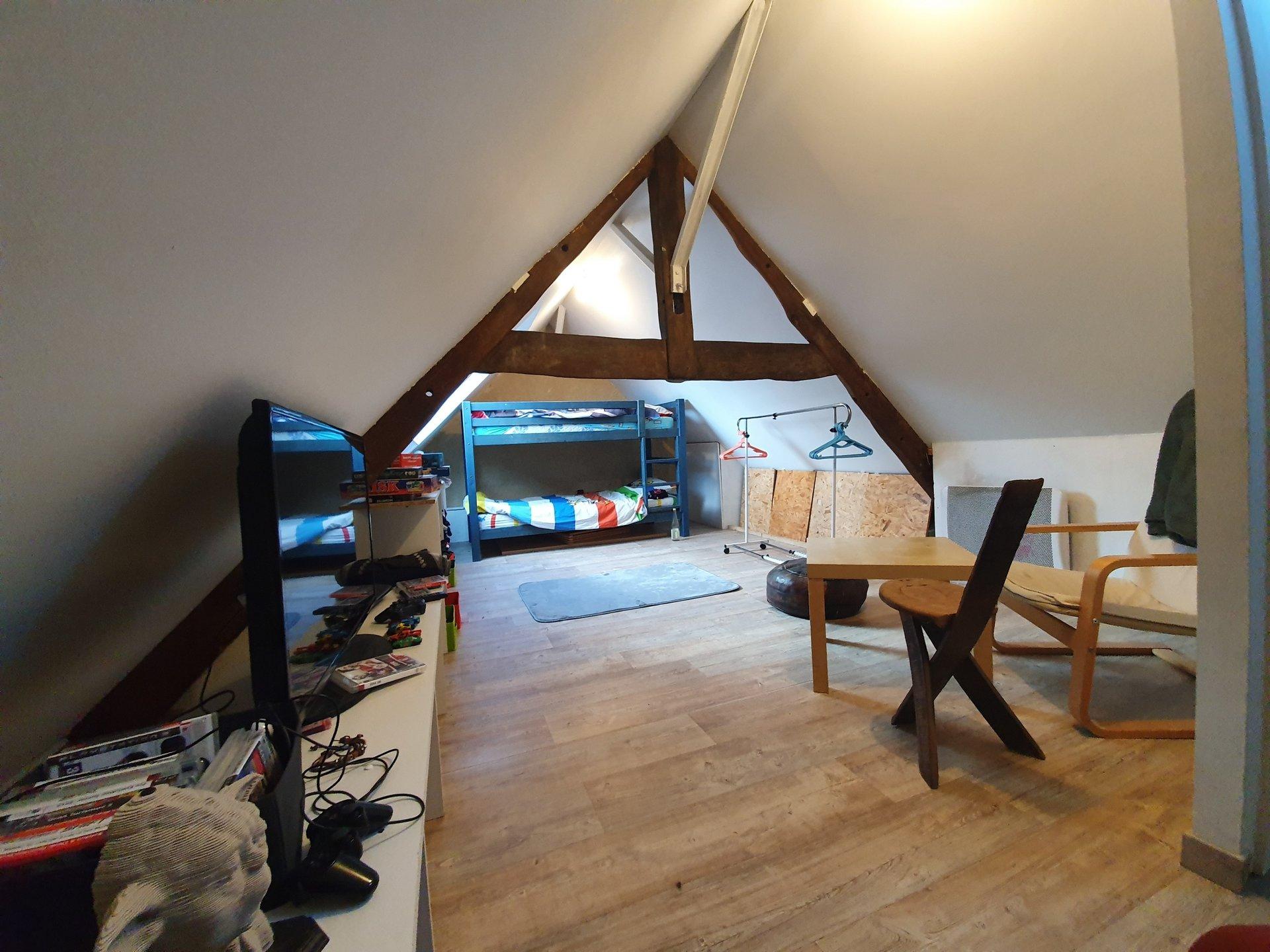 Maison T4 proche forêts-terrain de 2310 m²