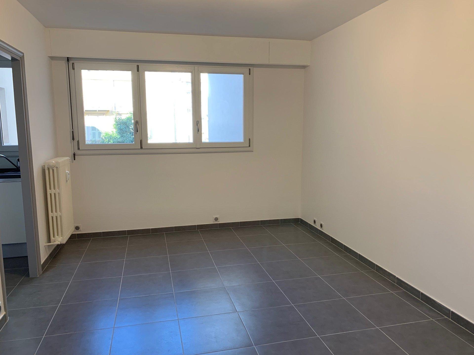 Studio 27m²