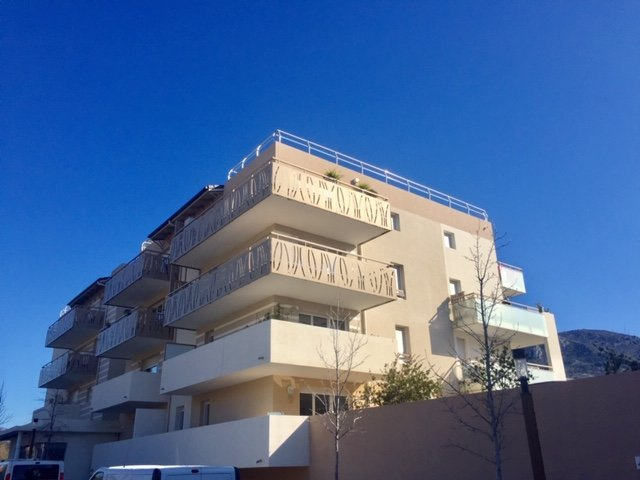 Sale Apartment - Carros