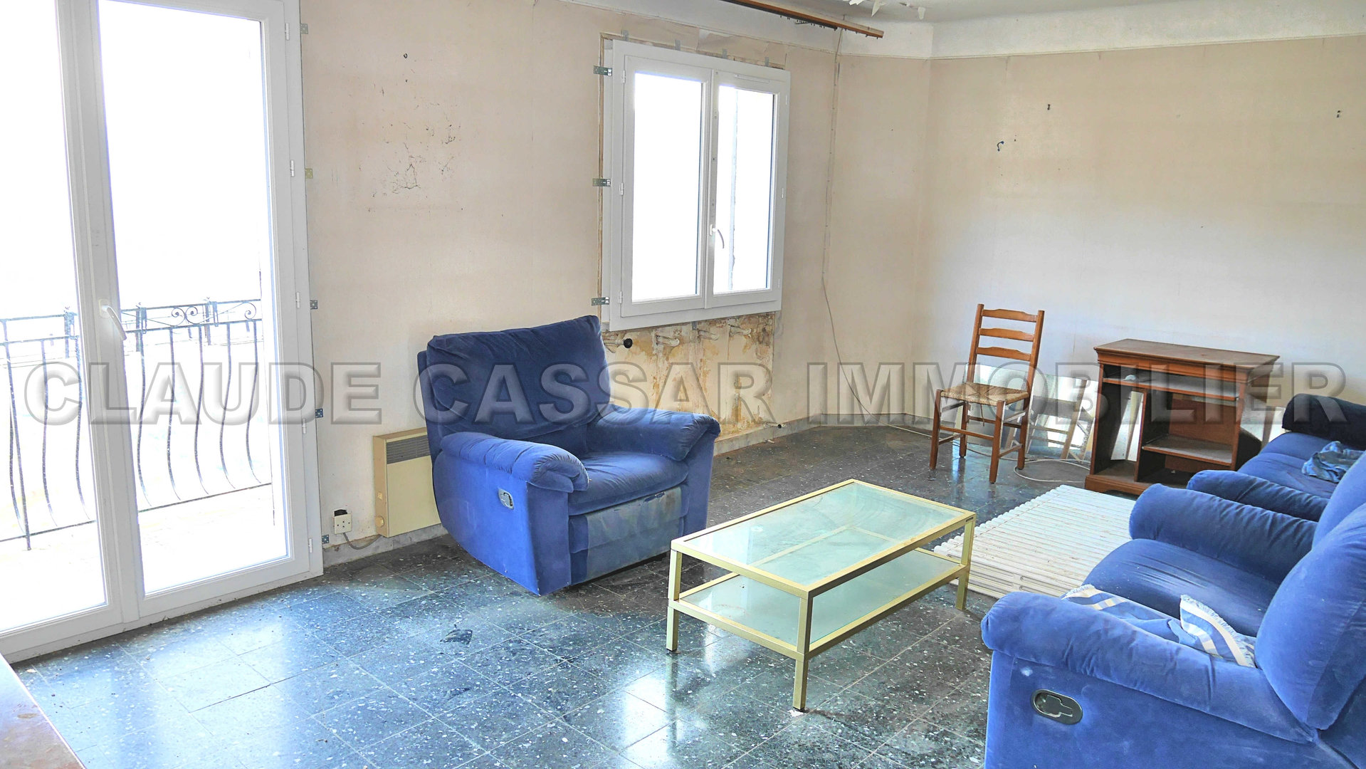 Rare ! four room flat to renovate
