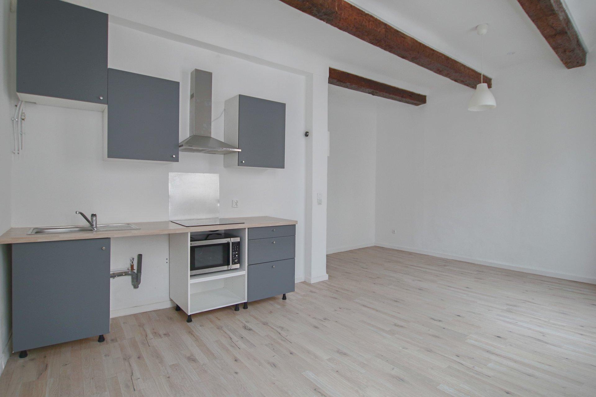 Rental Apartment - Marseille 7ème Saint-Victor