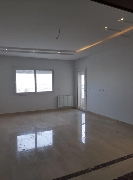 Vente  Appartement S+2 de 152 m² aux Jardins de Carthage