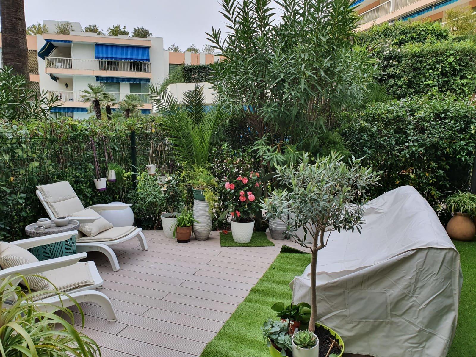 Cannes plages du midi superbe 2/3 pièces rez de jardin