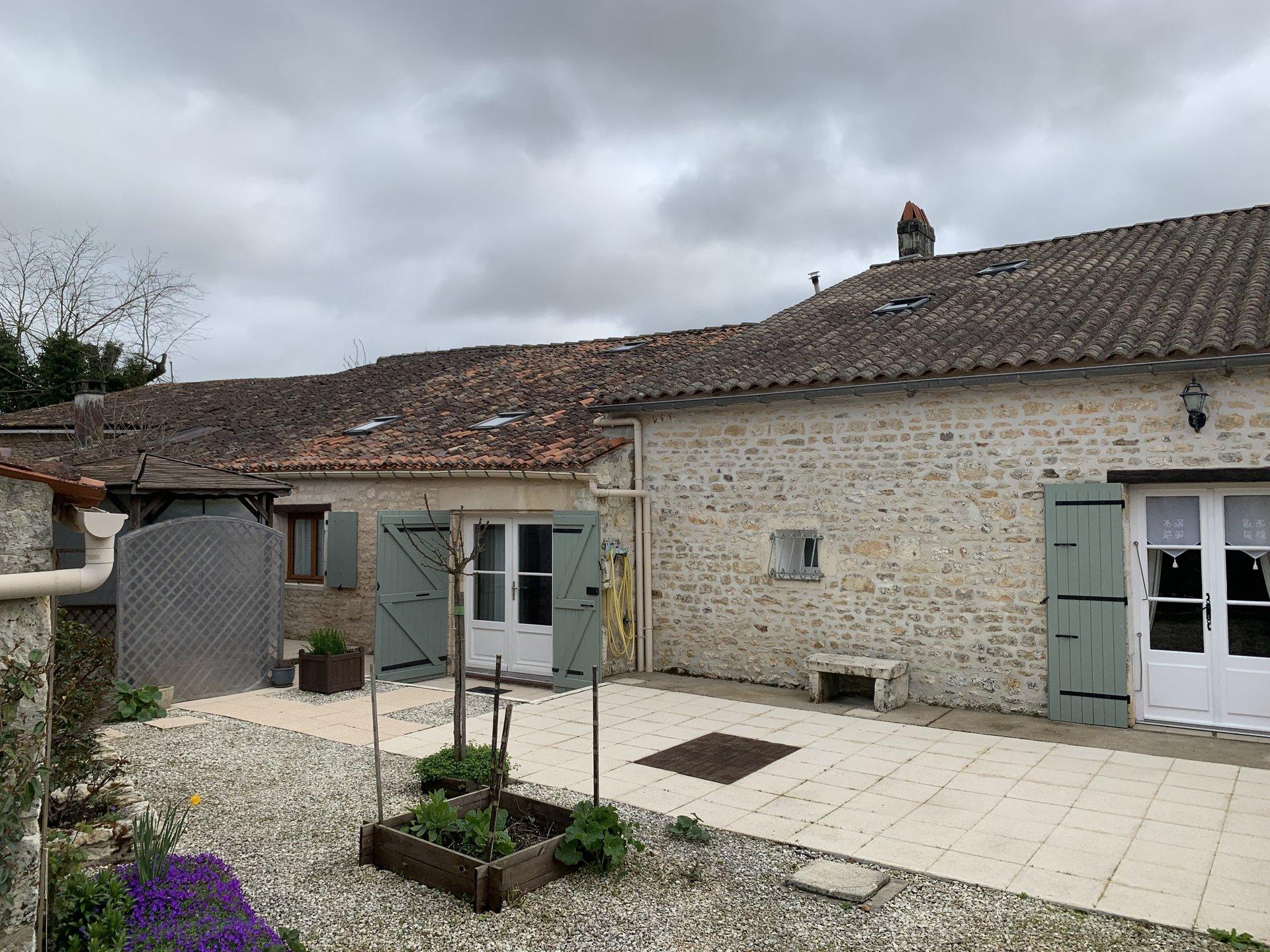Sale House - St Porchaire