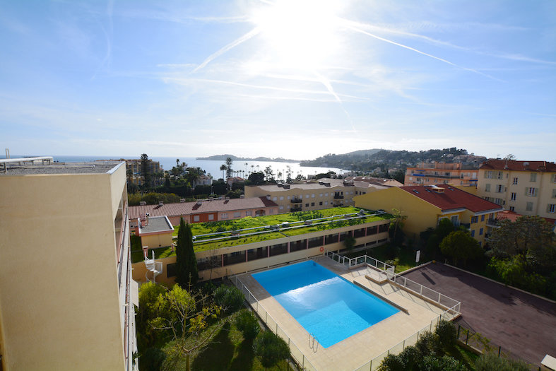 Sale apartment Beaulieu sur Mer top floor panoramic sea view