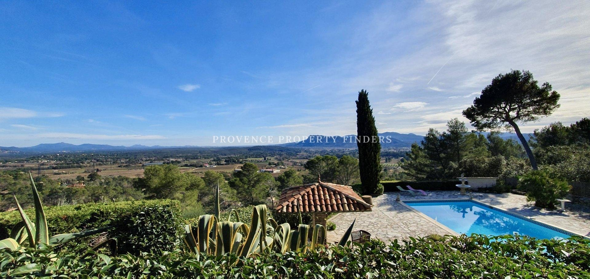 Panoramic views from this beautiful property, la Motte.