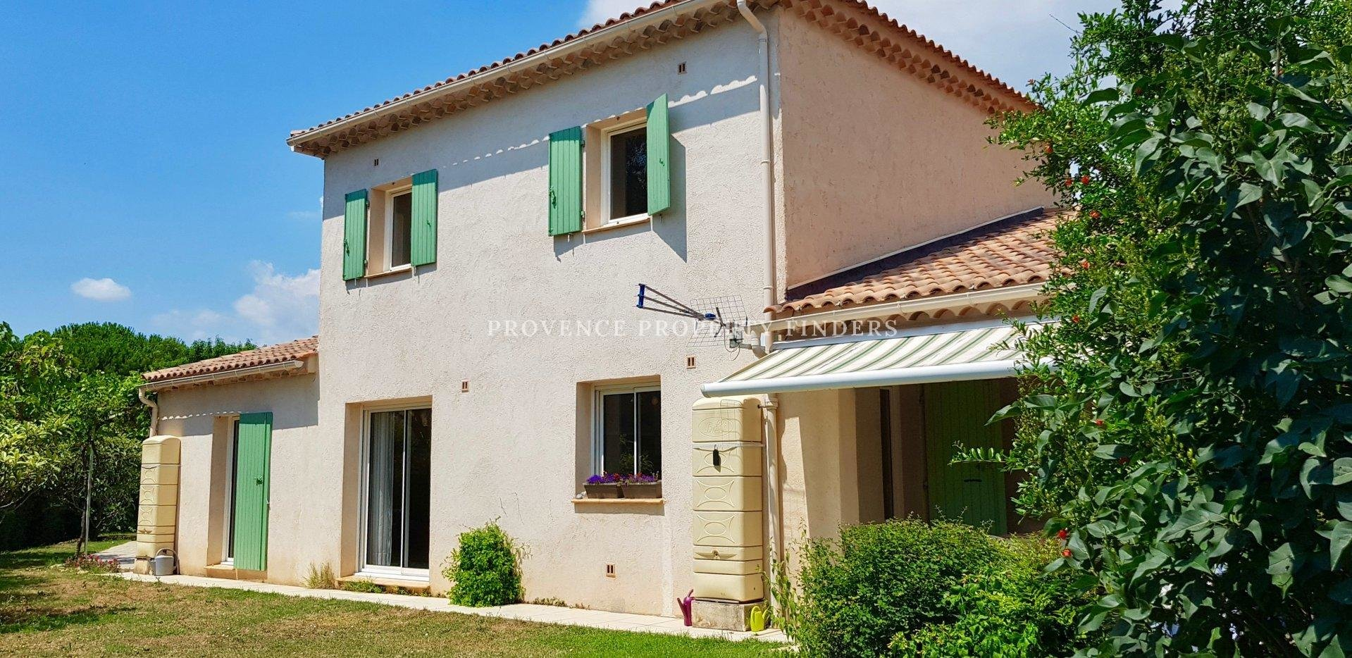 Nice villa with pool in Flayosc