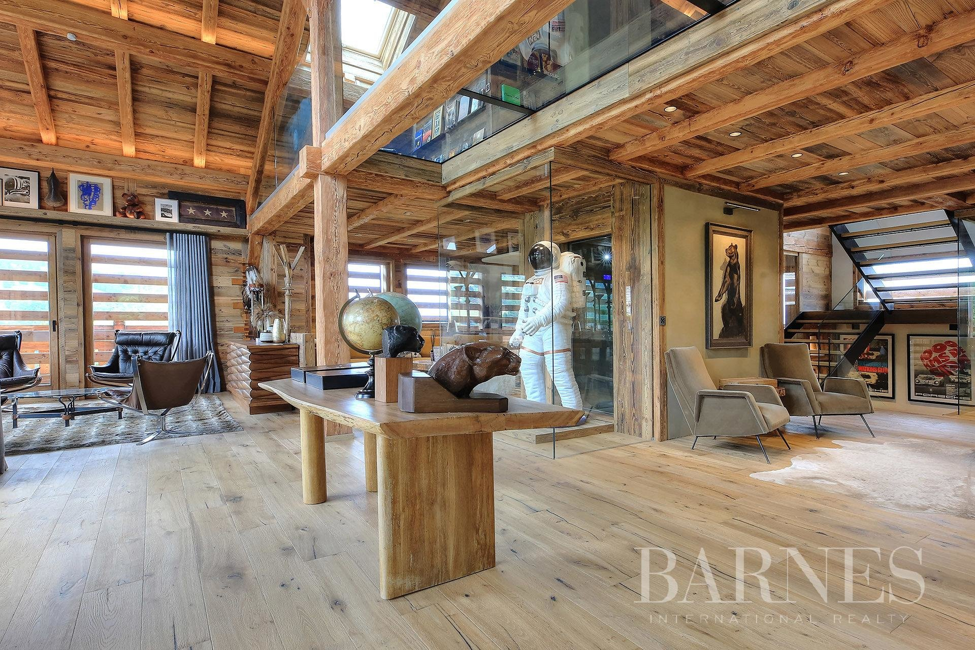 Chalet ideally situated along the ski slopes Chalet in Megeve