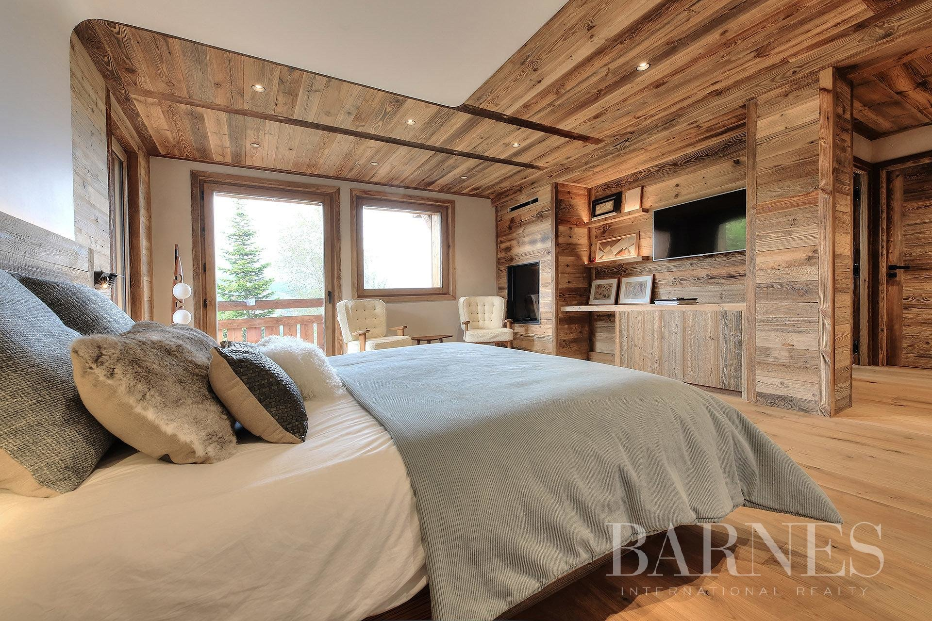 Photo of Chalet ideally situated along the ski slopes