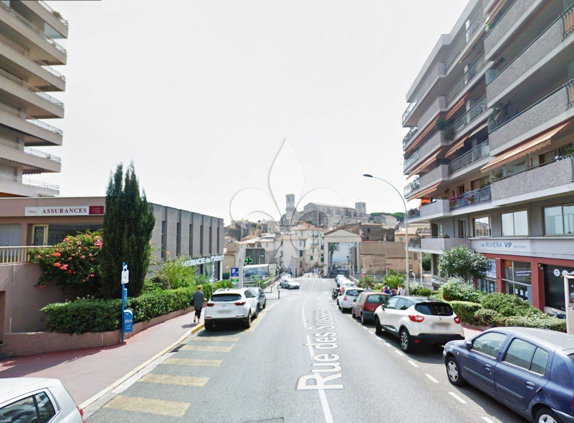 Cannes - Stanislas: Local commercial or liberal activity