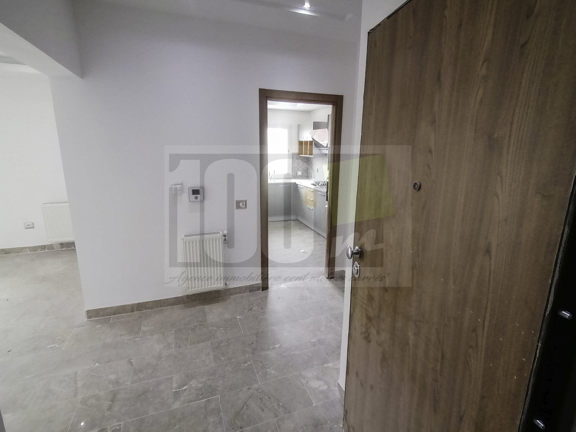 Vente appartement S+3 à La soukra