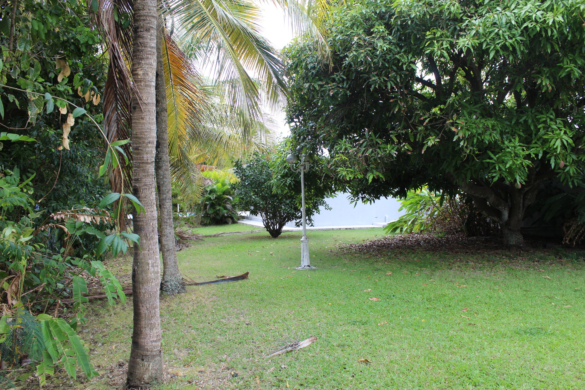 Villa 3 chambres avec piscine quartier recherché