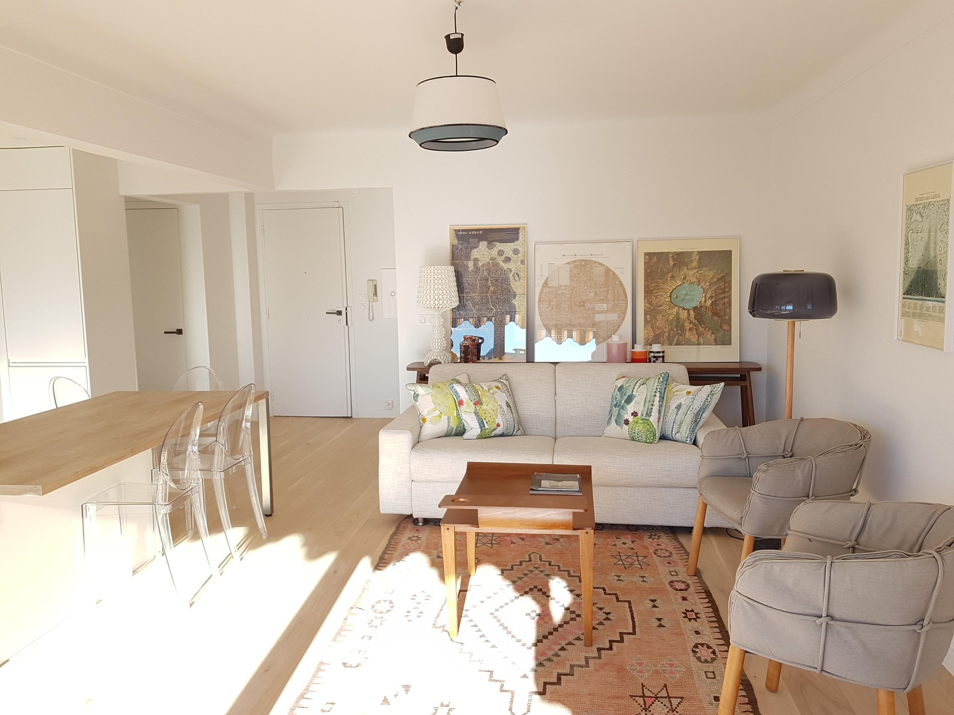 congress rental 1 bedroom on palm beach 100M from the sea