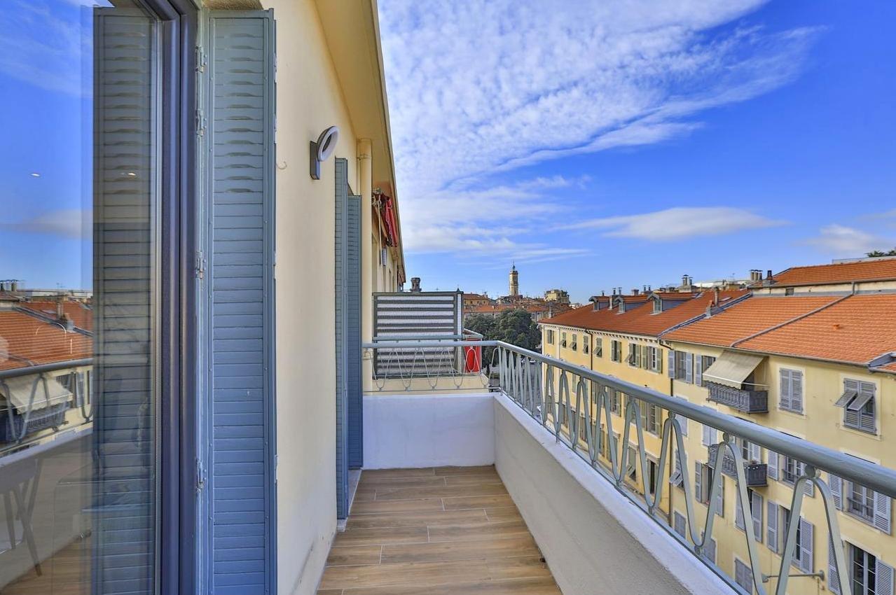 FÖRSÄLJNING Lägenhet 2 Rum 47m² Nice Garibaldi Terrass Balkong