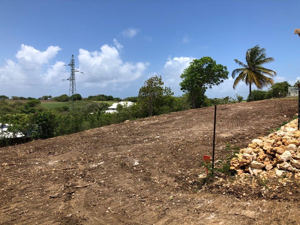 Terrain constructible 903 m2 vue dégagée