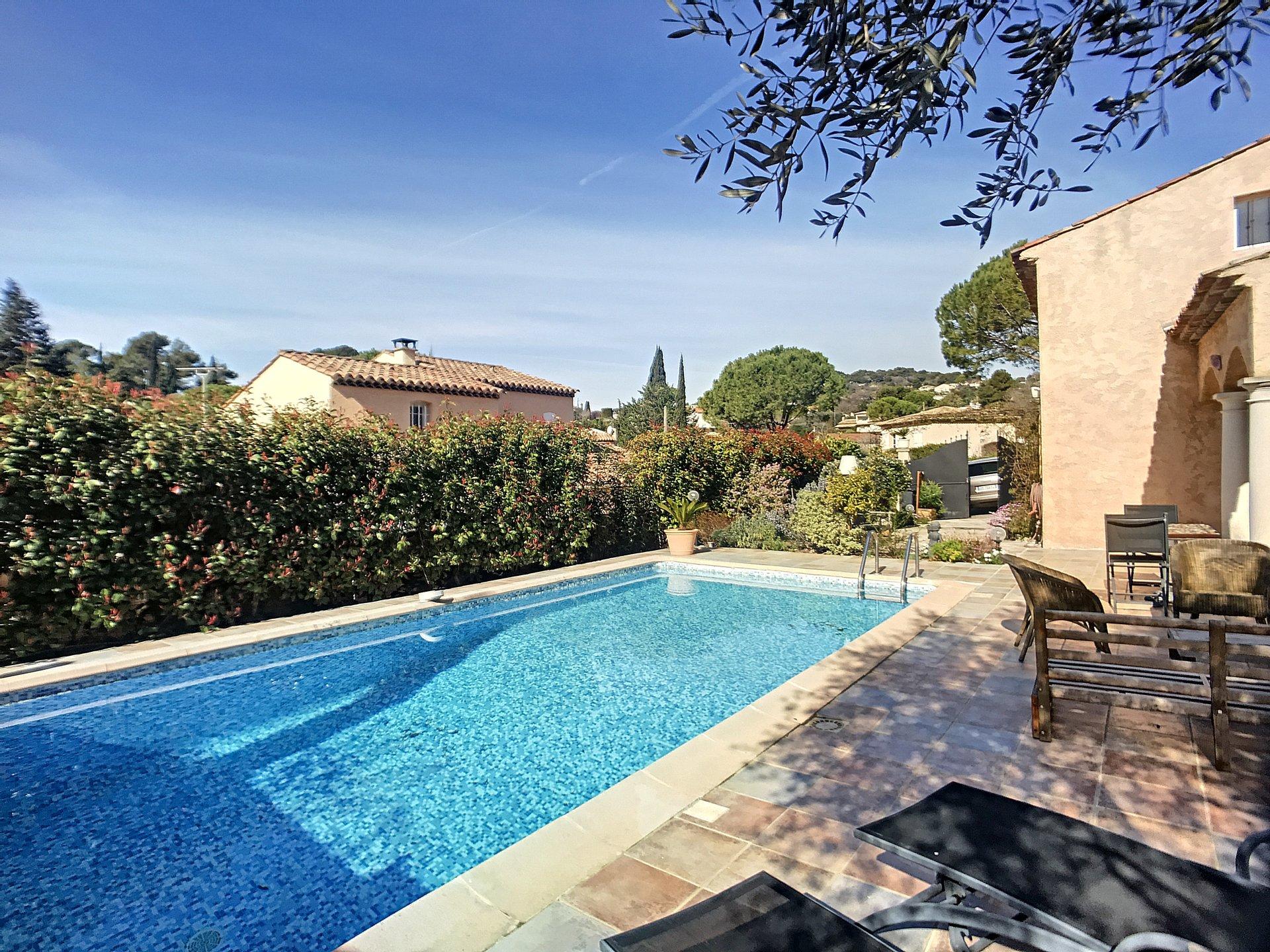 Mougins résidentiel, Belle Villa de 180 M² avec piscine