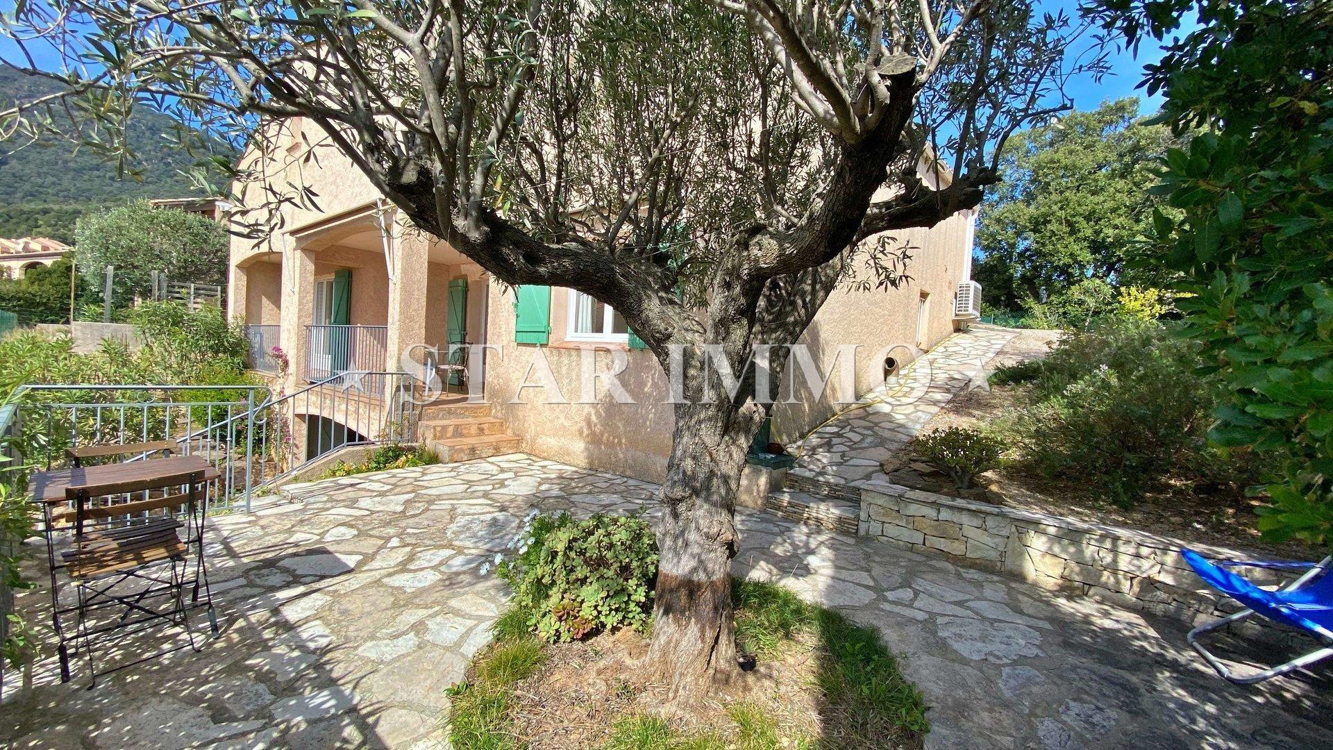 Sale House - Cavalaire-sur-Mer