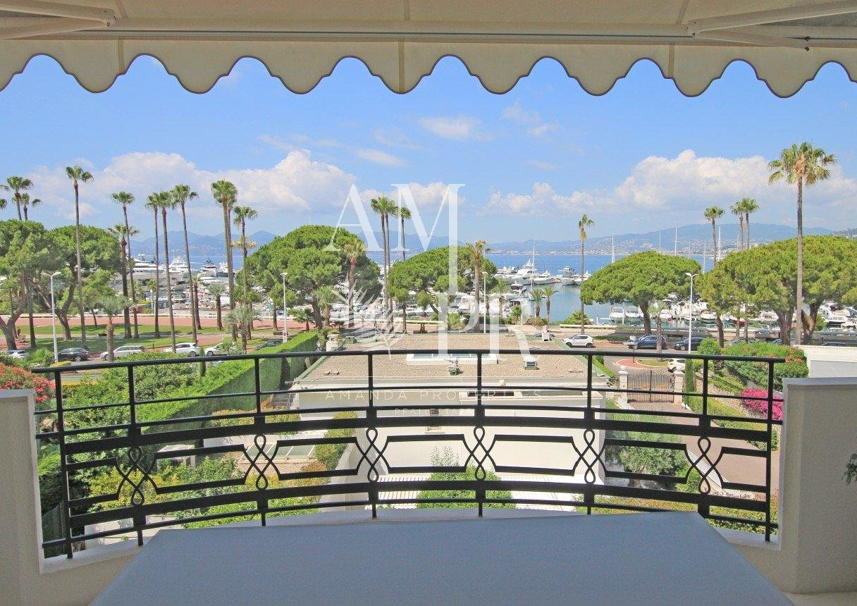 Cannes Pointe Croisette - Fully renovated - Panoramic sea view
