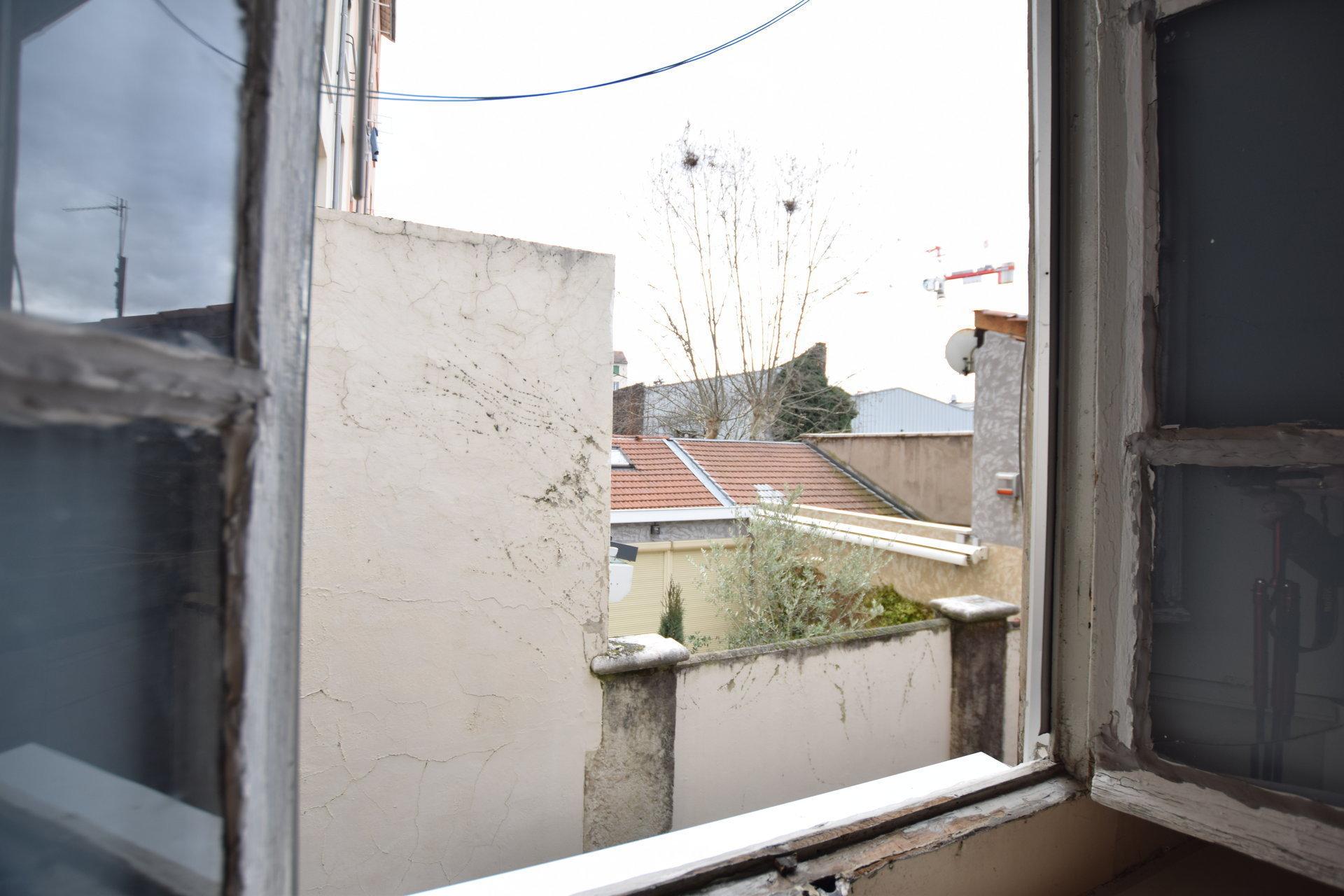 Appartement à rénover - Avenue Berthelot - Lyon 7
