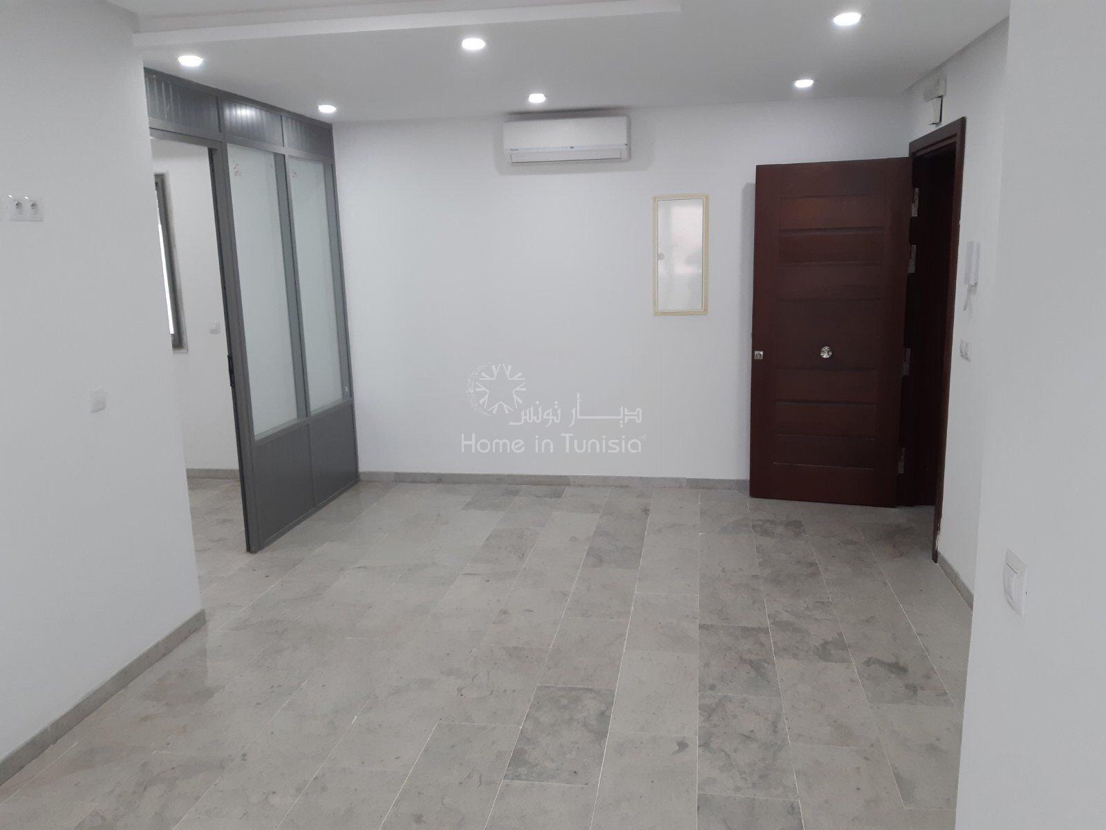 Sale Office - Cité Sahloul - Tunisia