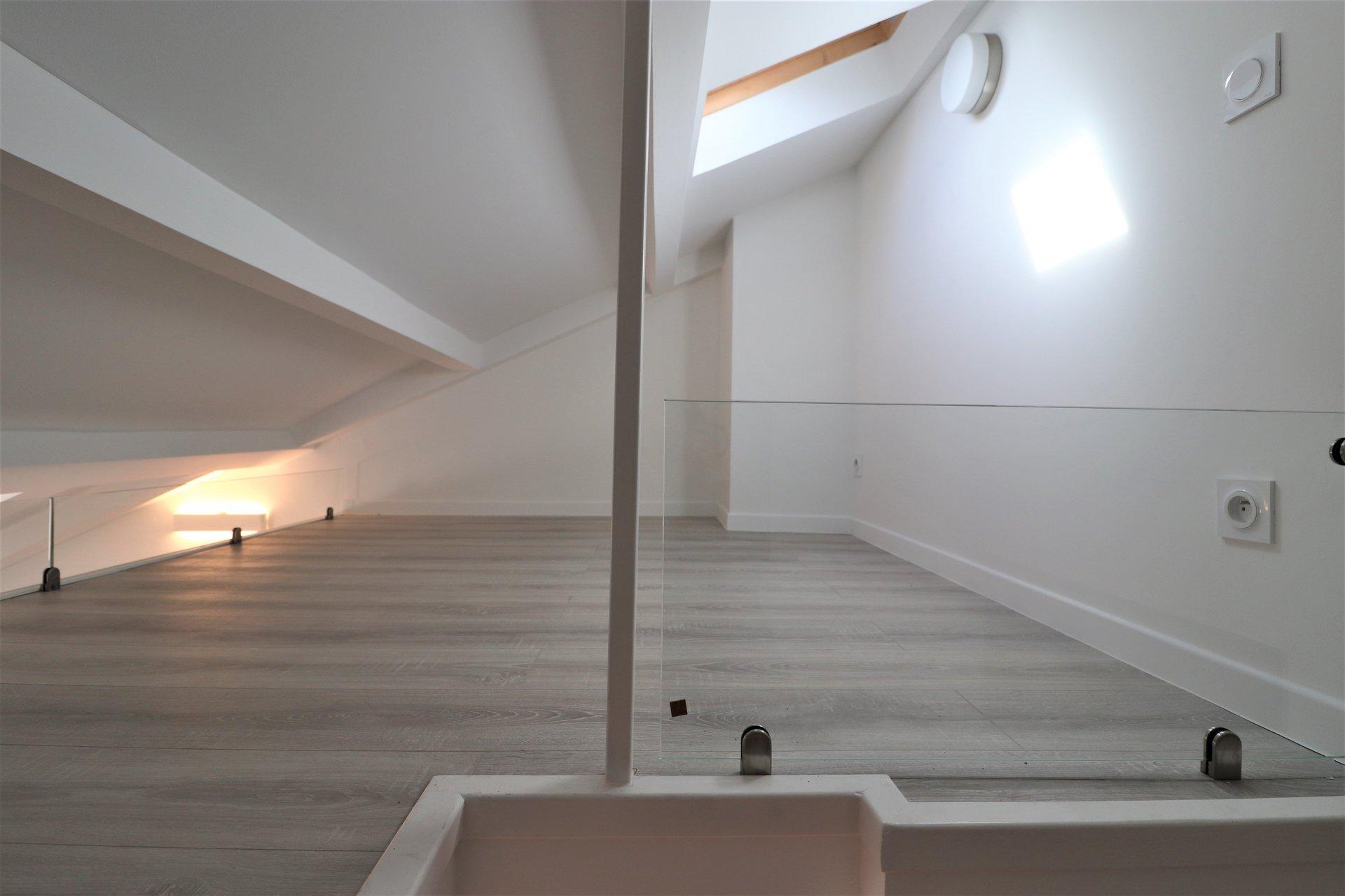 Studio meublé - Libération