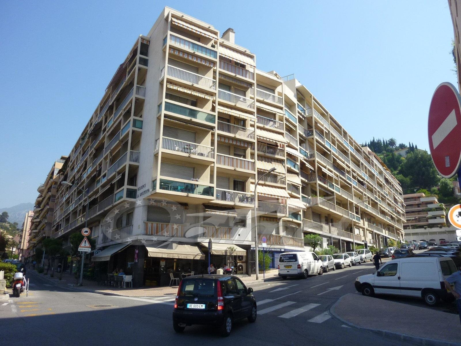 Rental Local - Menton
