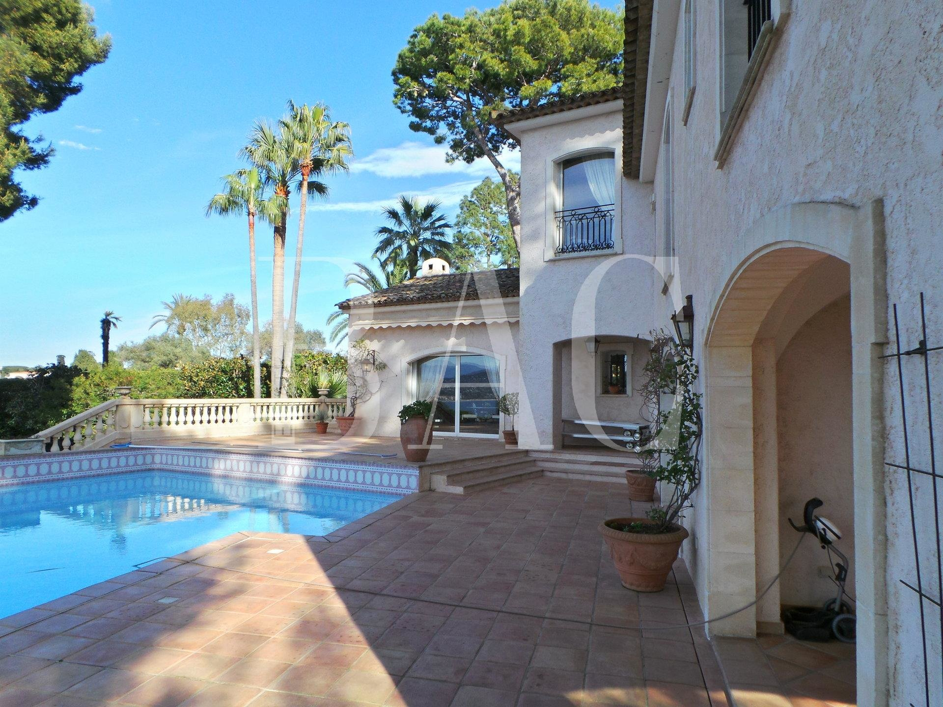 Cap d'Antibes, villa with sea view