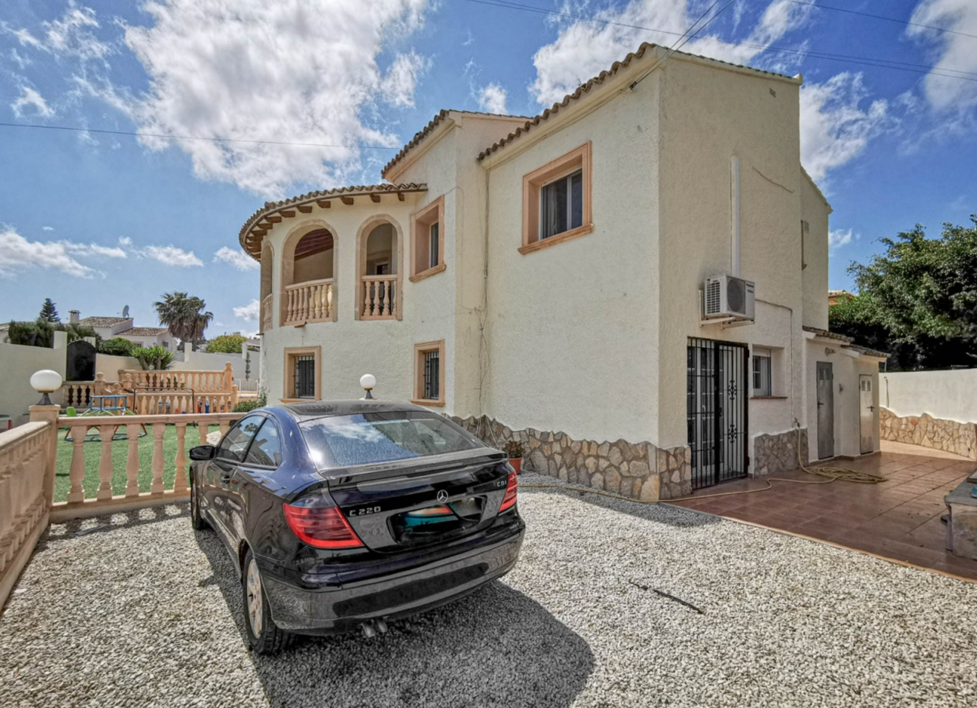Large villa in Benitachell with nice open views