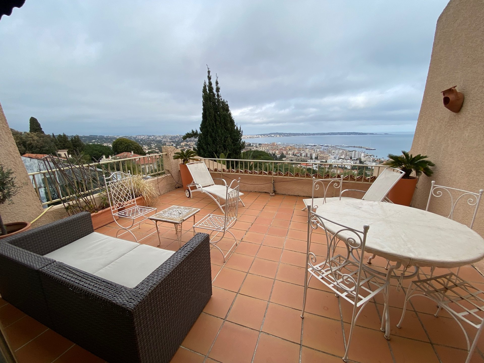 SALE 4 ROOMS QUIET ABSOLUTE PANORAMIC SEA VIEW