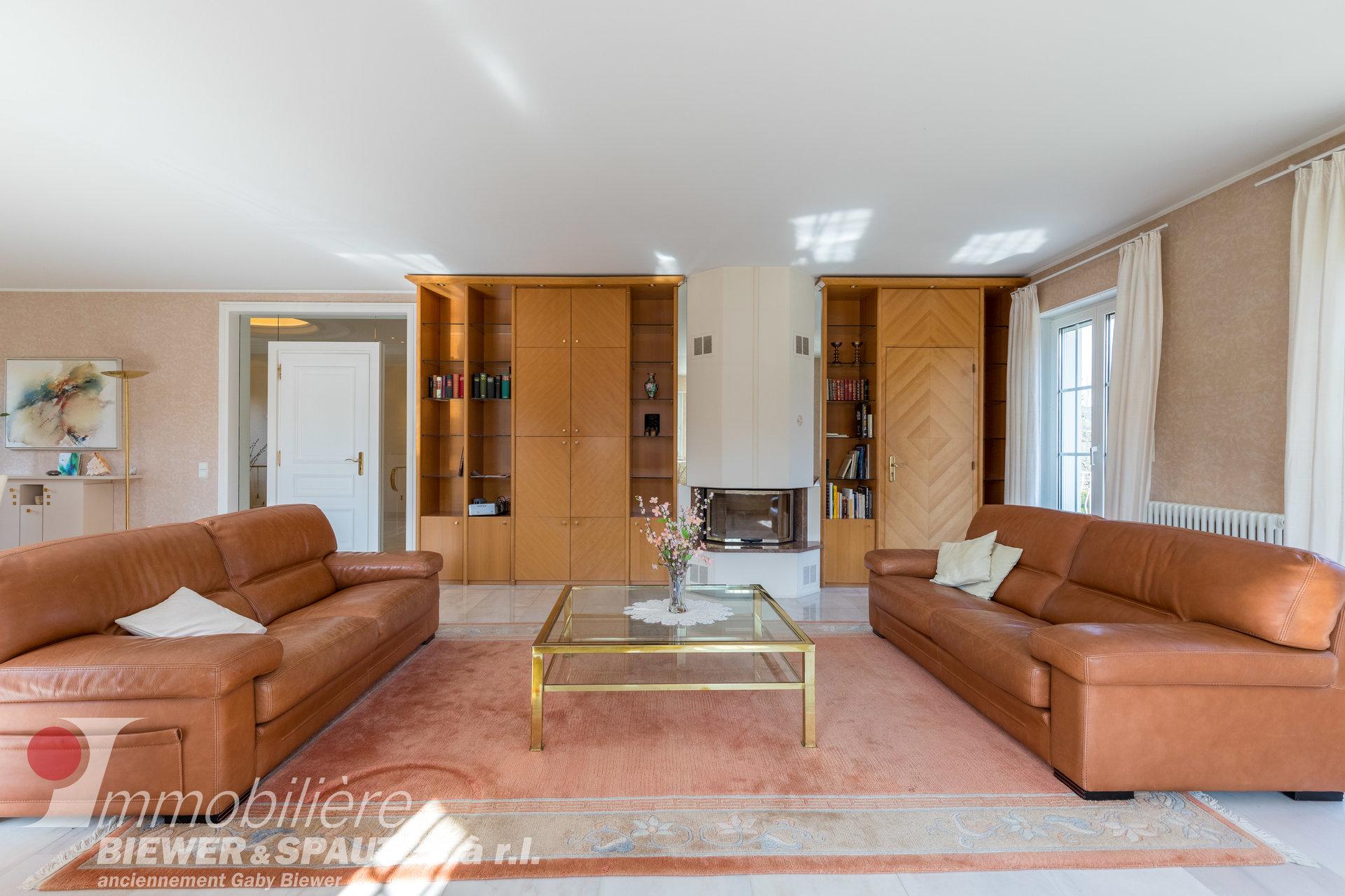 UNTER VORVERKAUFSVERTRAG - Architekten-Villa in Echternach