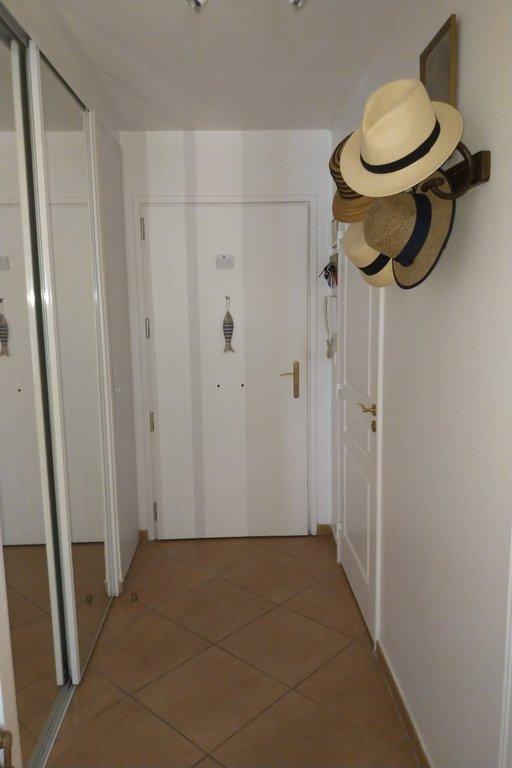 Bel appartement avec jardin privé à 150m de la mer, Antibes