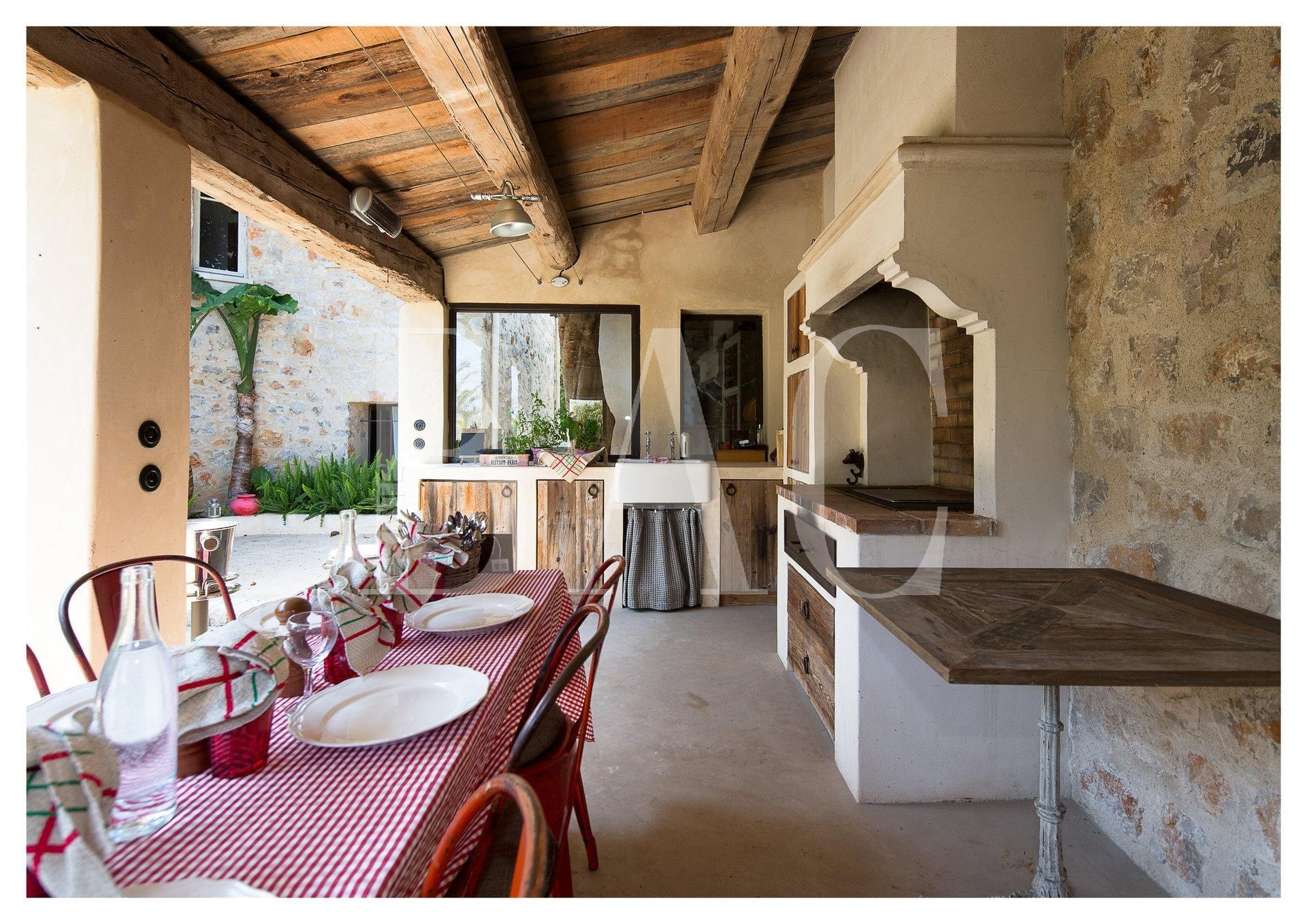 Cannes-Villa-Pool-House-BAC-Estate