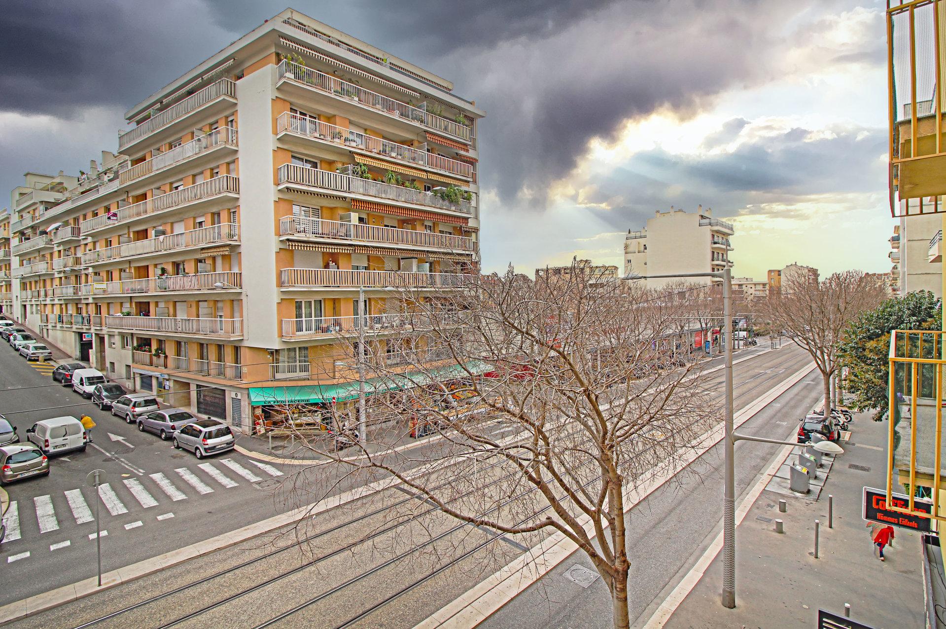 GORBELLA - 3P balcon 9m² - 180.000 €