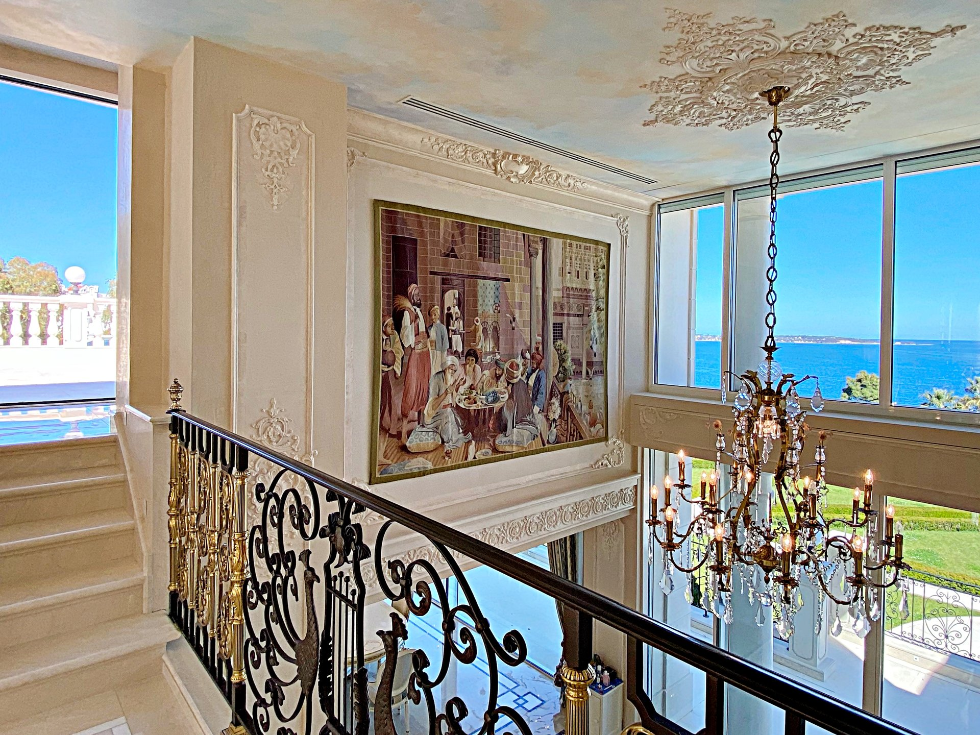 Super Cannes - Sumptuous family Mansion with breathtaking sea views