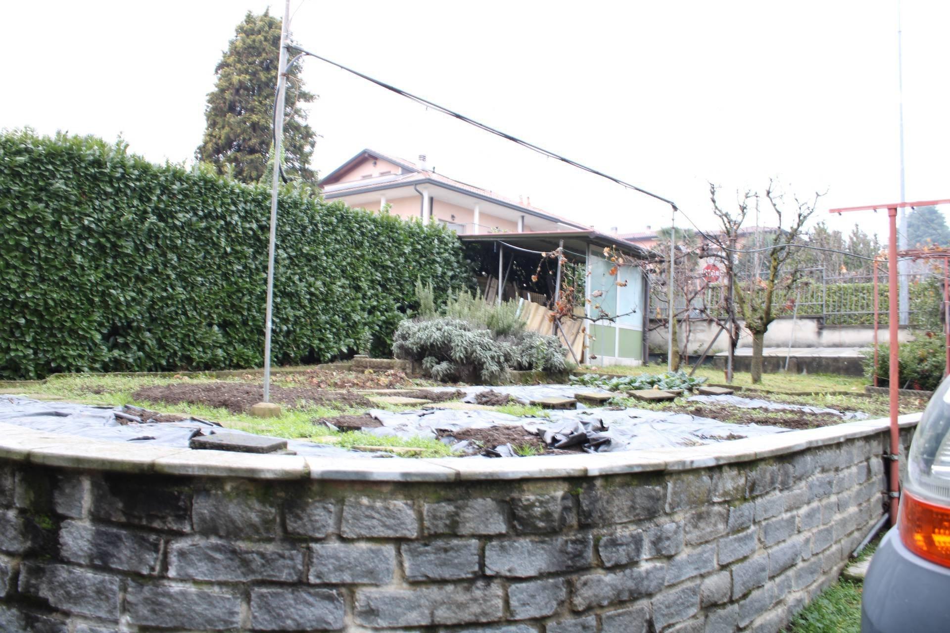 Sale Villa - Lurate Caccivio - Italy