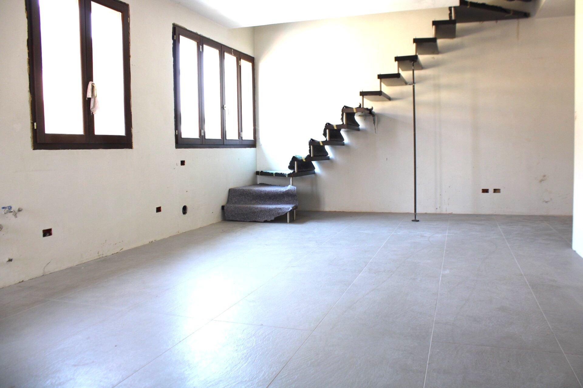 Sale Apartment - Luisago - Italy