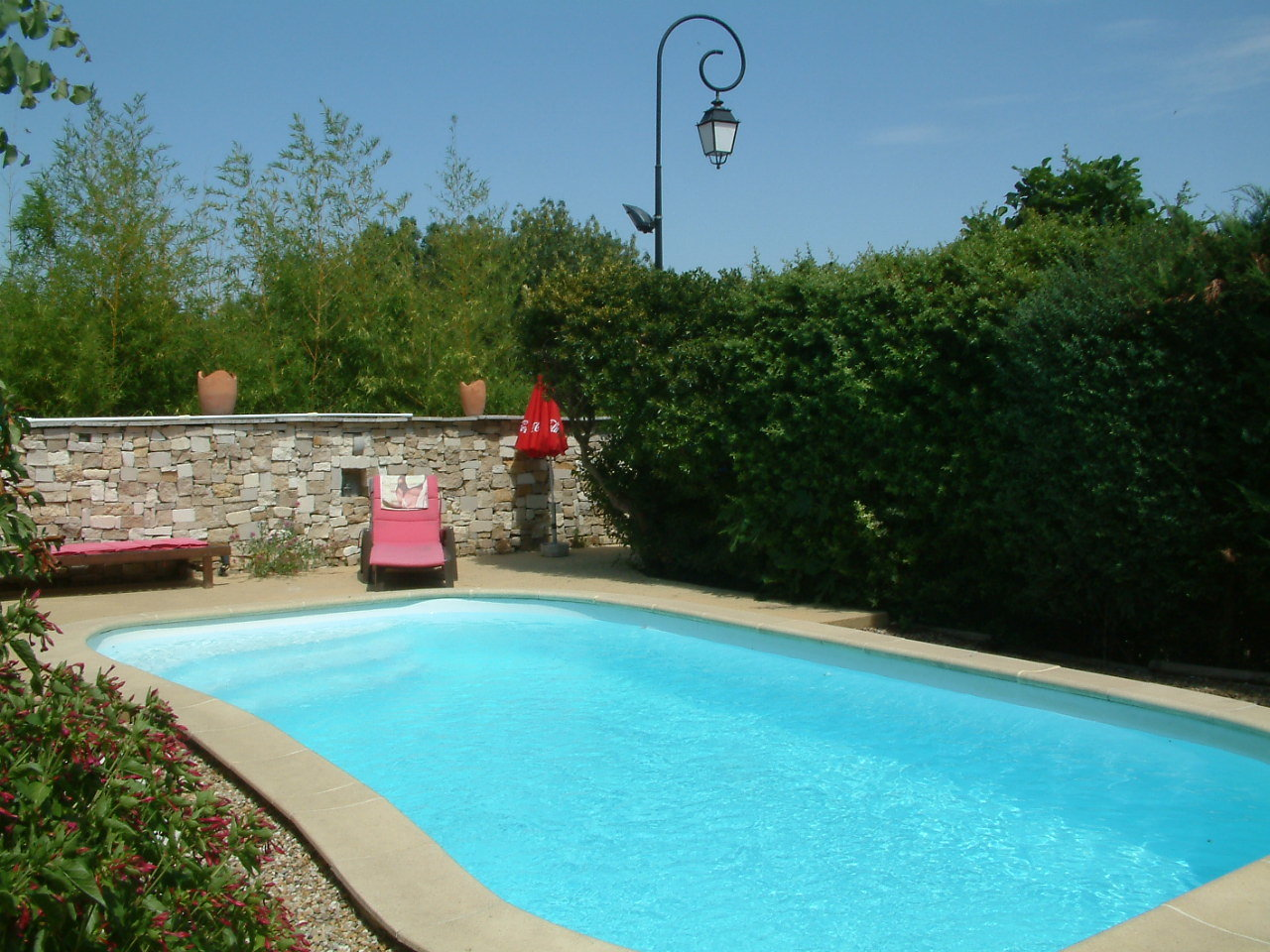 «Village house with view and swimming pool »